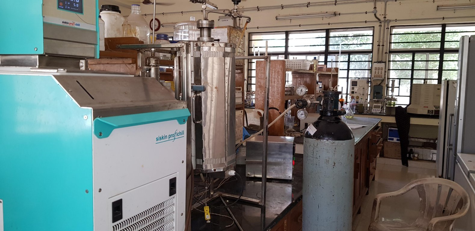 lab-scale pyrolysis